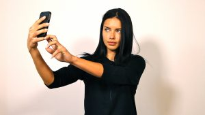w_supermodel-selfie-instagram